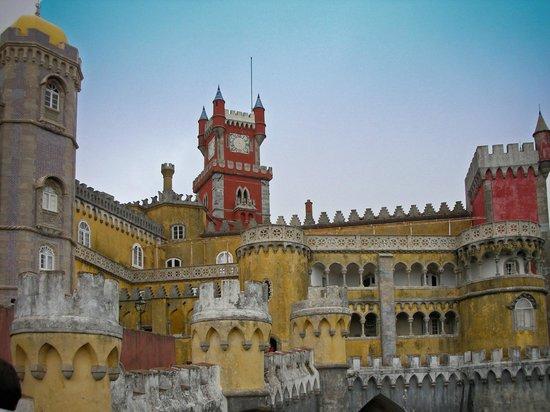 palacio-nacional-da-pena
