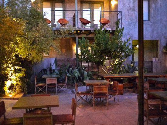 outdoor-terrace