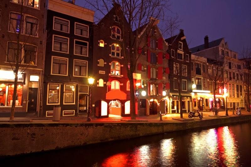 Amsterdam  – El Barrio rojo y suscuriosidades
