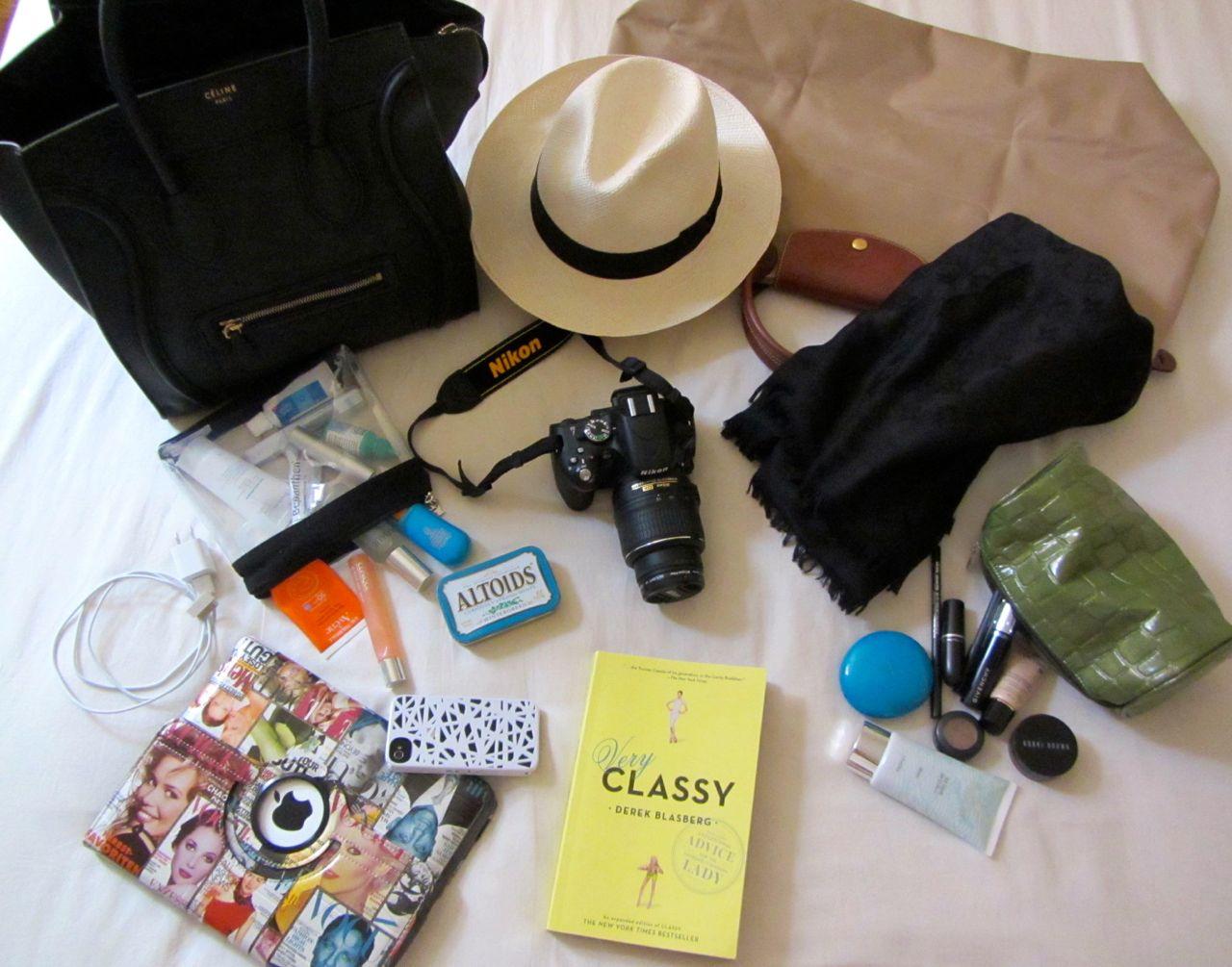 ¿Qué artículos puedo llevar en mi equipaje demano?
