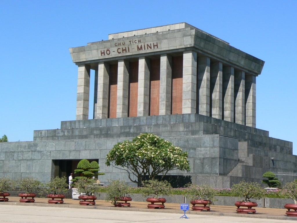 10_07_27_hochiminh_mausoleo_hanoi_foto_martin_javier-1