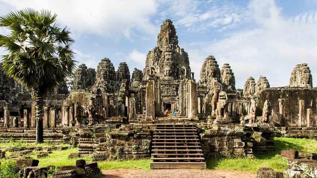 cambodia-angkor-wat-1500x8503