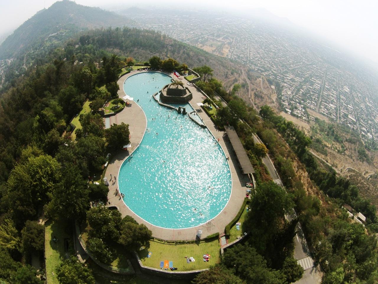 piscina-antilen-del-parque-metropolitano-de-santiago-foto-por-plataforma-urbana.jpg